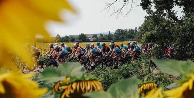 """Капитан """"Астаны"""" остался в десятке общего зачета """"Тур де Франс"""" после 15-го этапа"""