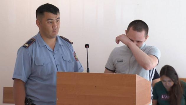 Обвиняемый объяснил в суде кражу зеркал с автомобиля Баландина