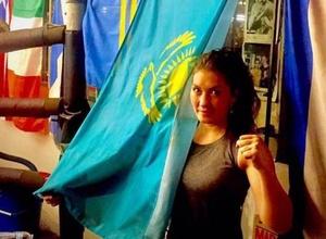 Прямая трансляция боя казахстанской боксерши Сатыбалдиновой из Мексики