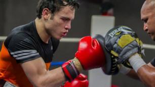 Видео нокаута в первом раунде, или как Чавес-младший вернулся на ринг через 27 месяцев паузы