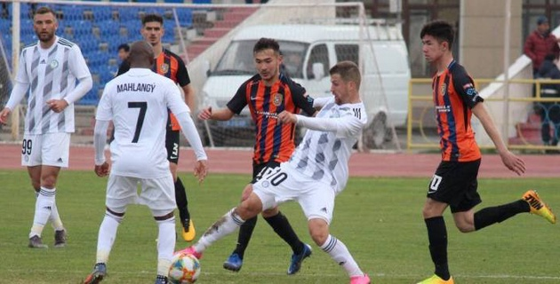 """""""Ордабасы"""" победил """"Шахтер"""" в матче с тремя голами"""