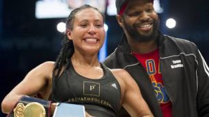 Абсолютная чемпионка мира высказалась о работе с Санчесом и перспективах ее бывшего тренера с Головкиным