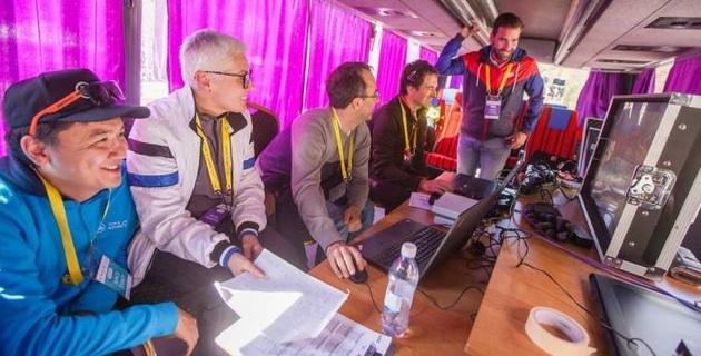 """Как испанская компания с опытом работы на """"Вуэльте"""" помогает """"Туру Алматы"""" с прямой трансляцией"""