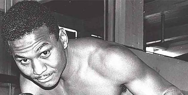 Умер один из величайших боксеров в истории полусреднего веса