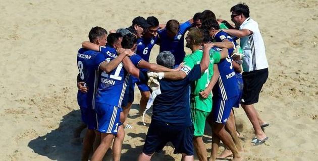 Сборная Казахстана по пляжному футболу вышла в промофинал Евролиги