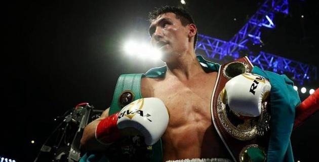 Эксперт из США назвал главную проблему Жанибека Алимханулы в бою за титулы от WBC и WBO
