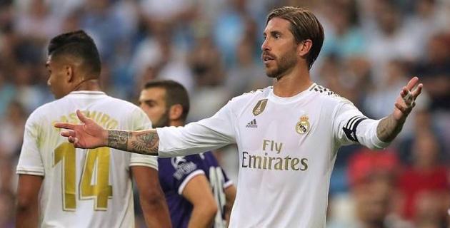 """""""Реал"""" упустил победу в чемпионате за две минуты до конца основного времени"""