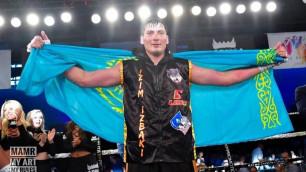 Казахстанский супертяжеловес взлетел в мировом рейтинге после дебютной победы в США