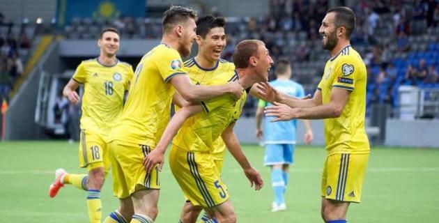Консервативный выбор. Почему Билек отцепил от сборной Казахстана Сейдахмета и Муртазаева