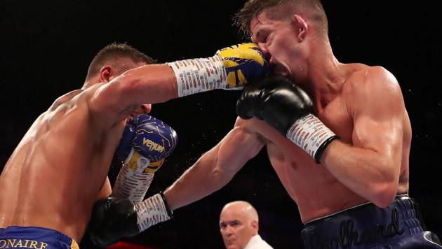 Видео нокдауна и полного боя Ломаченко против олимпийского чемпиона за три титула