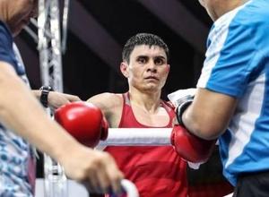 Еще один боксер из Казахстана стартовал с победы на чемпионате мира-2019 в России