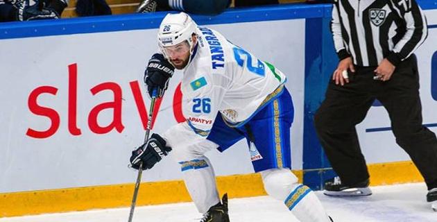 """Новичок """"Барыса"""" стал одним из худших игроков в КХЛ по показателю полезности"""