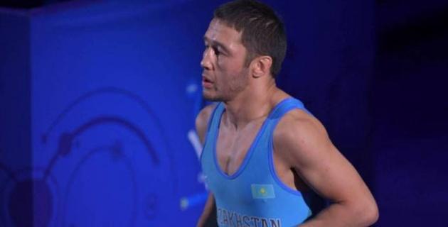 Казахстан выиграл вторую медаль за день на чемпионате мира по борьбе
