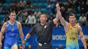 Казахстанский борец сенсационно победил двукратного олимпийского чемпиона из России на ЧМ