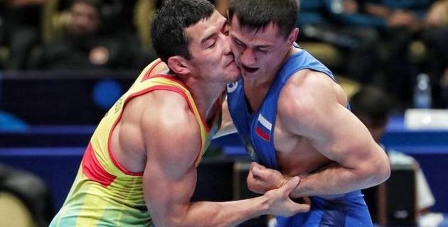 Казахстанец после сенсационной победы над олимпийским чемпионом из России завоевал лицензию на ОИ