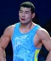 Казахстанский борец после сенсационной победы над олимпийским чемпионом не смог выйти в финал ЧМ
