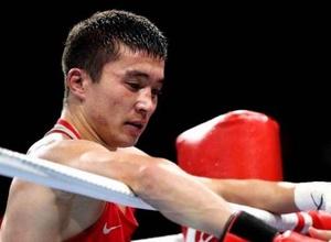 Действующий чемпион мира по боксу из Казахстана победил призера ЧМ в Алматы