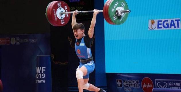 Казахстан выиграл первую медаль на ЧМ-2019 по тяжелой атлетике