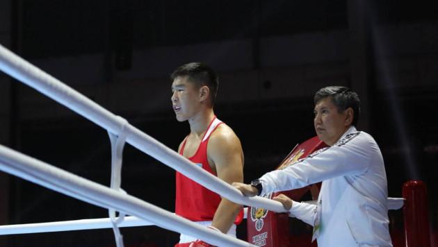 21-летний казахстанец в третий раз за ЧМ-2019 отправил соперника в нокдаун и гарантировал себе медаль