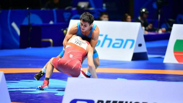 Еще один казахстанский борец вышел в полуфинал ЧМ-2019 и завоевал лицензию на Олимпиаду-2020