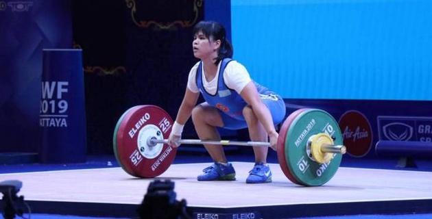 Зульфия Чиншанло осталась без медали на чемпионате мира по тяжелой атлетике