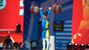 Бронзовый призер Олимпиады из Казахстана занял десятое место на ЧМ по тяжелой атлетике