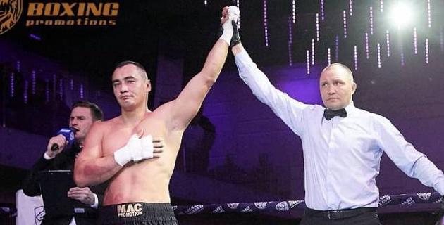 """""""Мне прислали контракт..."""". Казахстанский супертяжеловес с 10 нокаутами рассказал о титульном поединке в Германии"""