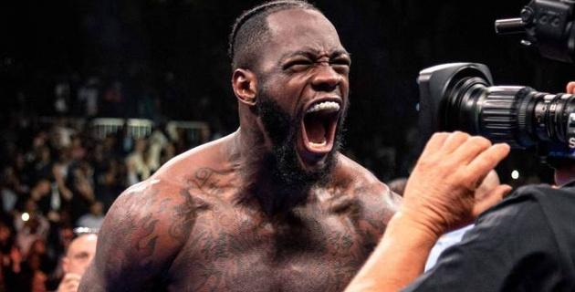 Чемпион мира Уайлдер назвал причину досрочного поражения Джошуа в бою против Руиса