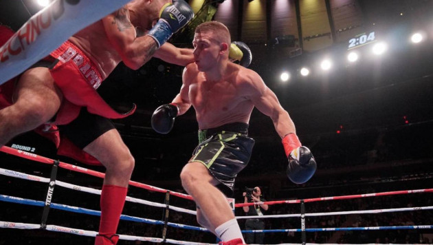 Экс-чемпион мира после потери титула выиграл нокаутом в вечере бокса Головкин - Деревянченко