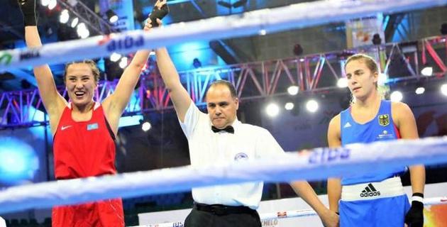 Казахстанская боксерша с опытом выступлений в профи вышла в 1/4 финала ЧМ-2019