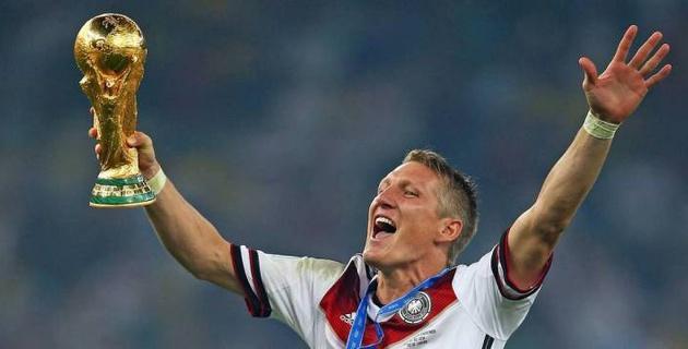 Чемпион мира по футболу объявил о завершении карьеры