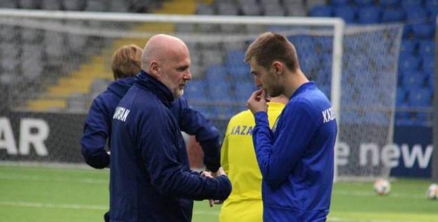О чем говорил Билек с Вороговским? Как Казахстан готовился к матчу с лучшей сборной мира