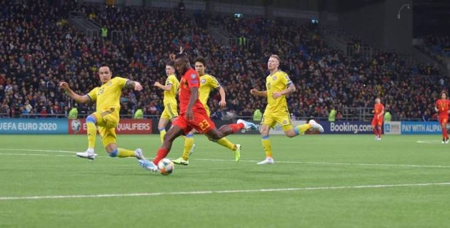 Видео голов и опасных моментов, или как Казахстан уступил лучшей сборной мира в отборе на Евро-2020
