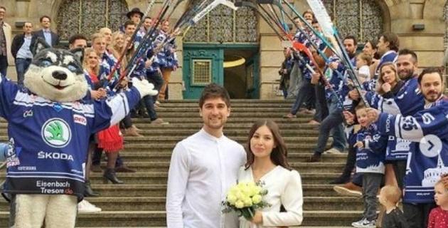 "Экс-игрок ""Барыса"" из Канады женился на казахстанке"