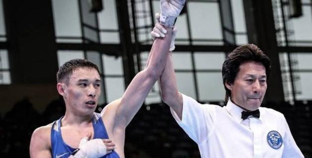 Победа чемпиона Азии, или как три казахстанских боксера вышли в полуфинал турнира в Китае