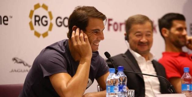 """""""Здравствуйте, салем"""". Джокович и Надаль провели пресс-конференцию в Нур-Султане"""