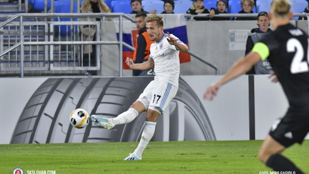 Казахстанский защитник сыграл против клуба АПЛ в групповом этапе Лиги Европы