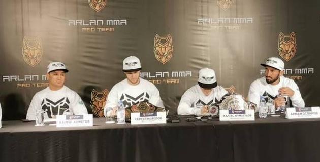 """""""Мы пошумим в UFC"""". Известные казахстанские бойцы раскрыли причины успехов отечественного ММА"""