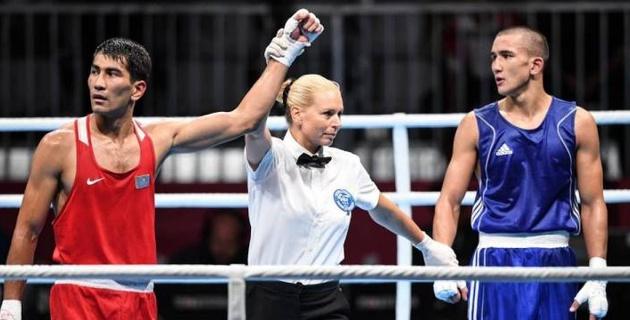 """Казахстанские боксеры завоевали два """"золота"""" на турнире в Китае"""