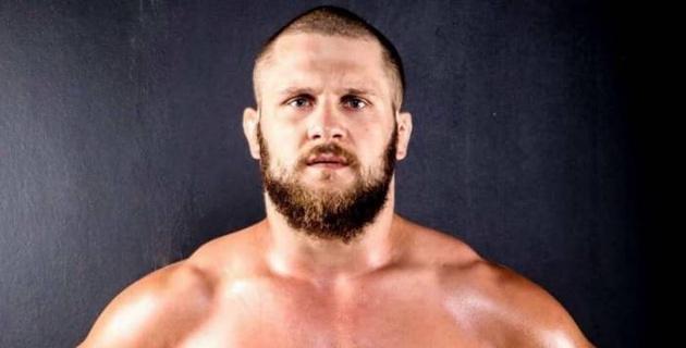 В UFC впервые в истории победил уроженец Казахстана