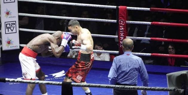 Видео полного боя с победой Каната Ислама над экс-претендентом на титул чемпиона мира