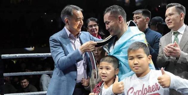 Аким Алматы высказался о победе Каната Ислама над экс-претендентом на титул чемпиона мира
