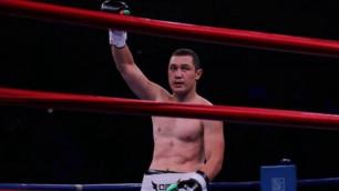 Казахстанец совершил рывок на 325 мест в рейтинге после победы нокаутом над узбекским боксером