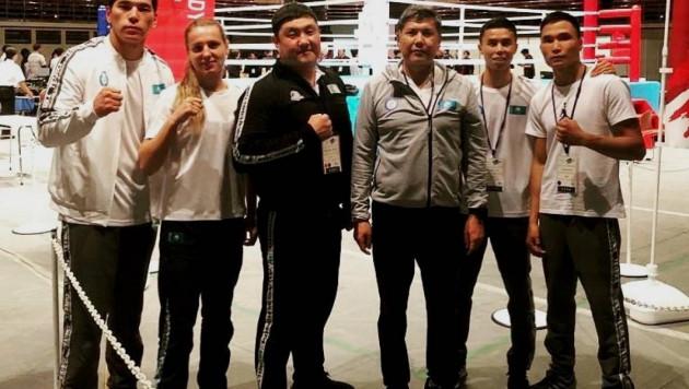"""Казахстанские боксеры завоевали два """"золота"""" на турнире в Токио"""