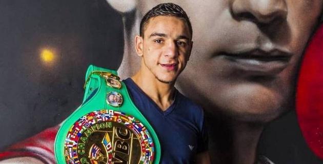 Видео боя с нокдауном, или как чемпион мира по версии WBC победил после сборов в Казахстане