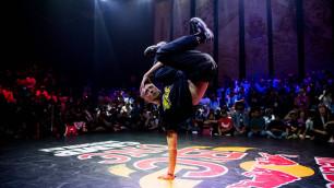 Казахстанский брейкдансер прошел в финал крупнейшего танцевального конкурса мира