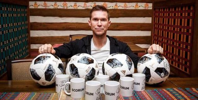"""Он кинул меня на огромные бабки. Намного больше миллиона евро - экс-игрок """"Барселоны"""" об отце тренера """"Кайрата"""""""