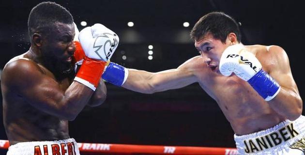 Видео нокаута, или как Алимханулы досрочно победил канадца и защитил титулы от WBC и WBO