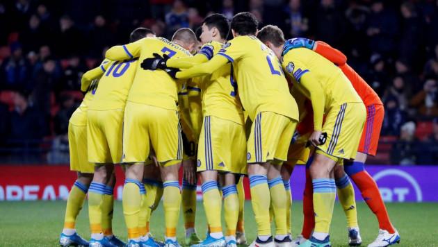 Казахстан выигрывает после первого тайма матча за третье место в группе отбора на Евро-2020