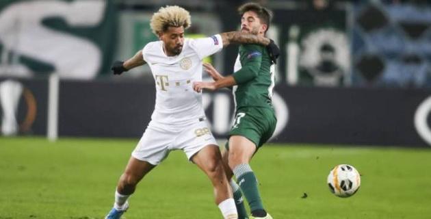 """Экс-игрок """"Кайрата"""" не реализовал пенальти в матче Лиги Европы с двумя голами после 90-й минуты"""